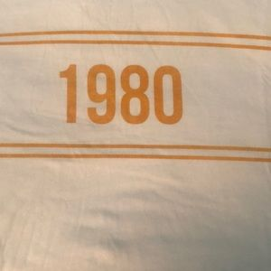 Forever 21 plus 1980 tee shirt